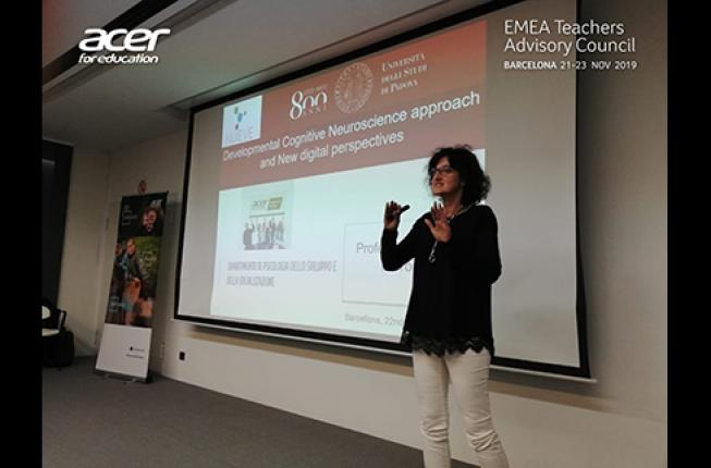 Collegamento a Professor Teresa Farroni at EMEA Teachers Advisory Council